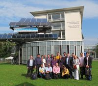 Participants of tecnical visit in front of the TÜV Rheinland building