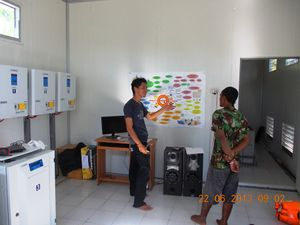 Training the PVVP operator in Papua (EnDev Indonesia 2013).jpg
